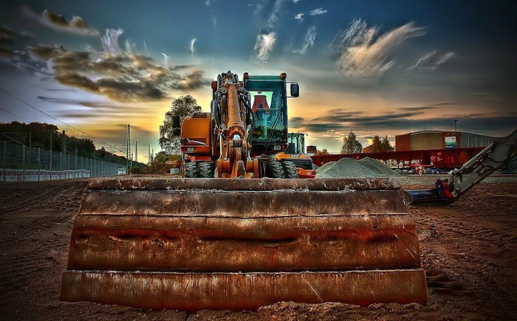 Jak właściwie zadbać o układ hydrauliczny?