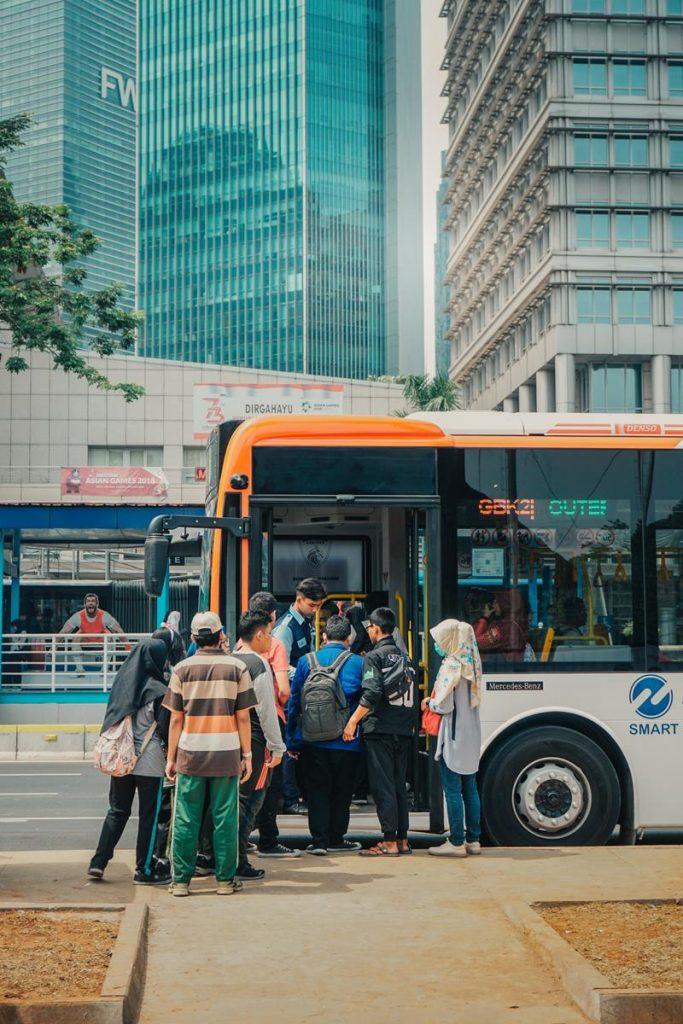 Analizujesz inne formy transportu osobowego?