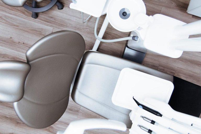 Dlaczego powinniśmy dbać o swoje zęby?