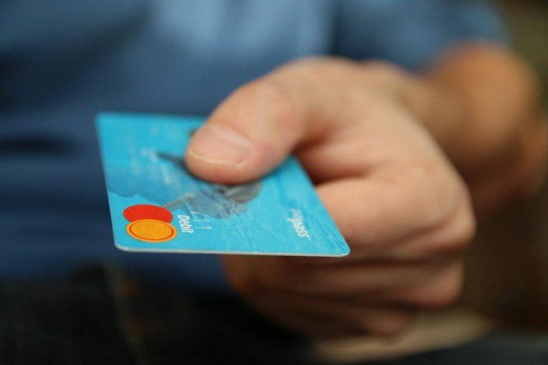 Co to są pożyczki lombardowe i czy warto je zaciągnąć
